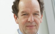 Wechsel im Vorstand der Uniklinik Ulm: Dr. <b>Klaus-Michael Debatin</b> löst Dr. <b>...</b> - 51cb134a09b67